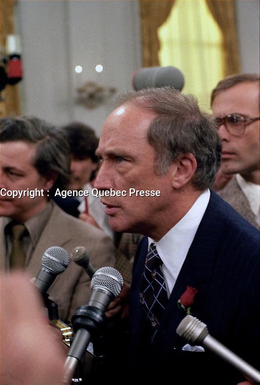 L'Assermentation du cabinet Trudeau a Ottawa,  3 mars 1983.<br /> <br /> PHOTO : Agence Quebec Presse