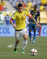 BARRANQUILLA - COLOMBIA -29-03-2016: James Rodriguez jugador de Colombia en acción durante el encuetnro con Ecuador de la fecha 6 para la clasificación a la Copa Mundial de la FIFA Rusia 2018 jugado en el estadio Metropolitano Roberto Melendez en Barranquilla./  James Rodriguez player of Colombia in action during a match against Ecuador of the date 6 for the qualifier to FIFA World Cup Russia 2018 played at Metropolitan stadium Roberto Melendez in Barranquilla. Photo: VizzorImage / Ivan Valencia / Cont