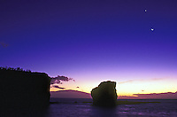 Sweetheart rock, Puu Pehe, With moon at dusk, Lanai