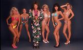 DAVID LEE ROTH, WITH VARIOUS GIRLS, 1985, STUDIO, NEIL ZLOZOWER