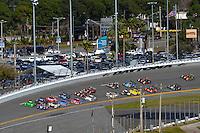 28-31 January, 2016, Daytona Beach, Florida USA<br /> The Prototype field heads to the green flag.<br /> ©2016, F. Peirce Williams