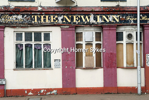 Recession UK 2010s The New Inn Pub boarded up closed down Croydon London 2012, England.