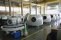 BRAZIL, Sorocaba, Windmill producer Wobben Windpower a company of german Enercon Group, production of rotor blades and wind turbines / BRASILIEN, Sorocaba, Produktion fuer Windkraftanlagen bei Wobben Windpower, eine Firma der deutschen Enercon Gruppe in Sorocaba