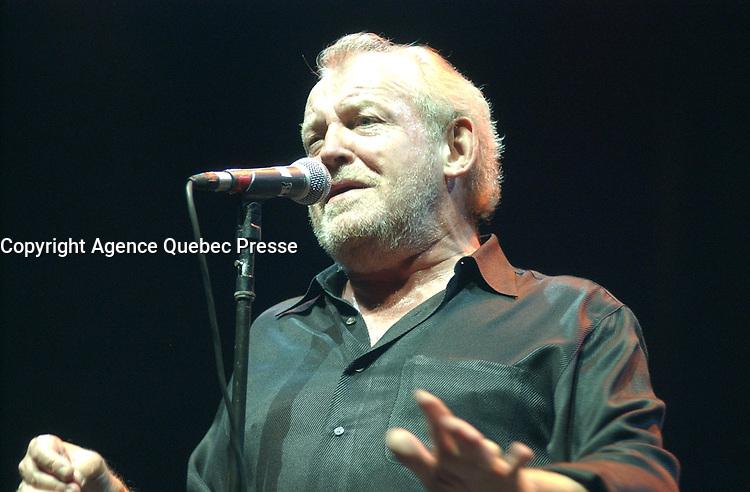 Joe Cocker 2001 <br /> <br /> PHOTO :  Agence Quebec Presse <br /> <br /> NOTE : Photos couleur disponibles<br /> <br /> <br /> <br /> <br /> <br /> PHOTO :  Agence Quebec Presse <br /> <br /> <br /> <br /> <br /> PHOTO :   Agence Quebec Presse
