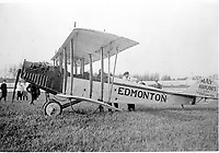 May Airlines plane,Edmonton, 1919. <br /> <br /> Source :  Provincial Archives of Alberta