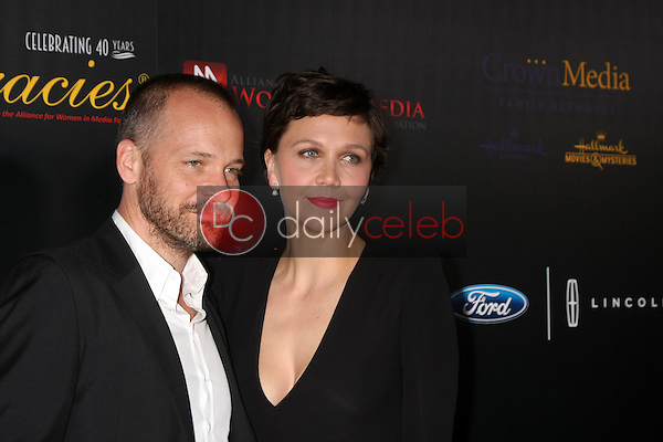Maggie Gyllenhaal, Peter Sarsgaard<br /> at the 40th Anniversary Gracies Awards, Beverly Hilton, Beverly Hills, CA 05-19-15<br /> David Edwards/DailyCeleb.com 818-249-4998