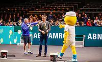 Rotterdam, The Netherlands, 9 Februari 2020, ABNAMRO World Tennis Tournament, Ahoy, Service game for kids is opened by Tournament director Richard Krajicek<br /> Photo: www.tennisimages.com