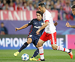 Atletico de Madrid's Oliver Torres (l) and SL Benfica's Jonas during Champions League 2015/2016 match. September 30,2015. (ALTERPHOTOS/Acero)
