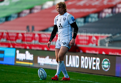 21st November 2020; Welford Road Stadium, Leicester, Midlands, England; Premiership Rugby, Leicester Tigers versus Gloucester Rugby; Billy Twelvetrees of Gloucester Rugby prepares to take a conversion kick