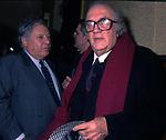 """FEDERICO FELLINI CON PAOLO VILLAGGIO ALLA PREMIERE DE """"LA VOCE DELLA LUNA"""" 1990"""