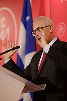 Le ministre des Finances du Quebec, Carlos Leitao, presente son Plan economique pour 2018-2019 devant la Chambre de Commerce du Montreal Metropolitain, Jeudi 29 mars 2018 au Centre Sheraton<br /> <br /> PHOTO : Agence Quebec Presse