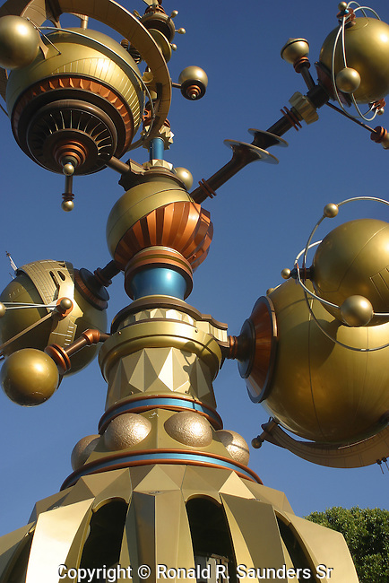 STRUCTURE AT ENTRANCE TO DISNEY LAND'S TOMORROWLAND (1)