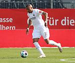 Nikolas Nartey (Nr.19, SV Sandhausen) am Ball  beim Spiel in der 2. Bundesliga, SV Sandhausen - Wuerzburger Kickers.<br /> <br /> Foto © PIX-Sportfotos *** Foto ist honorarpflichtig! *** Auf Anfrage in hoeherer Qualitaet/Aufloesung. Belegexemplar erbeten. Veroeffentlichung ausschliesslich fuer journalistisch-publizistische Zwecke. For editorial use only. For editorial use only. DFL regulations prohibit any use of photographs as image sequences and/or quasi-video.