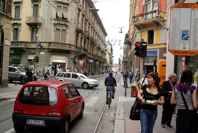 milano,  quartiere sarpi - chinatown. via bramante angolo via paolo sarpi --- milan, sarpi district - chinatown. bramante and paolo sarpi streets