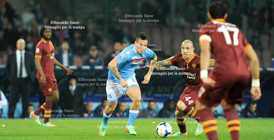 - NAPOLI 9 MAR  -  Stadio San Paolo    Napoli - Roma<br />  Hamsik contrastato da nainggolan