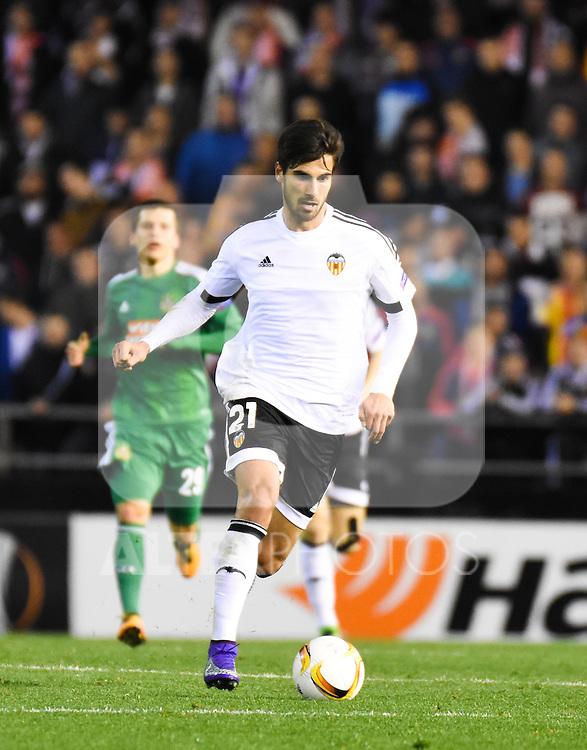 Valencia's    Andre Gomes   during Uefa Europa League match. February 18, 2016. (ALTERPHOTOS/Javier Comos)