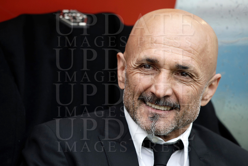 Roma's coach Luciano Spalletti waits for the start of the Italian Serie A football match between Roma and Napoli at Rome's Olympic stadium, 4 March 2017. <br /> UPDATE IMAGES PRESS/Isabella Bonotto