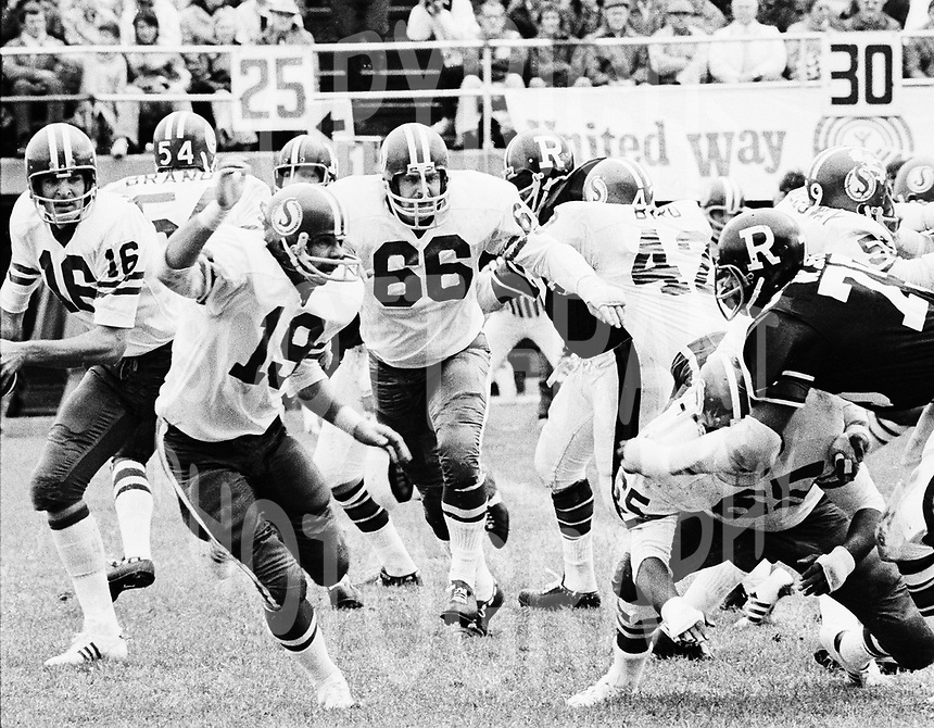 Saskatchewan Roughriders 1974. Photo  F.Scott Grant