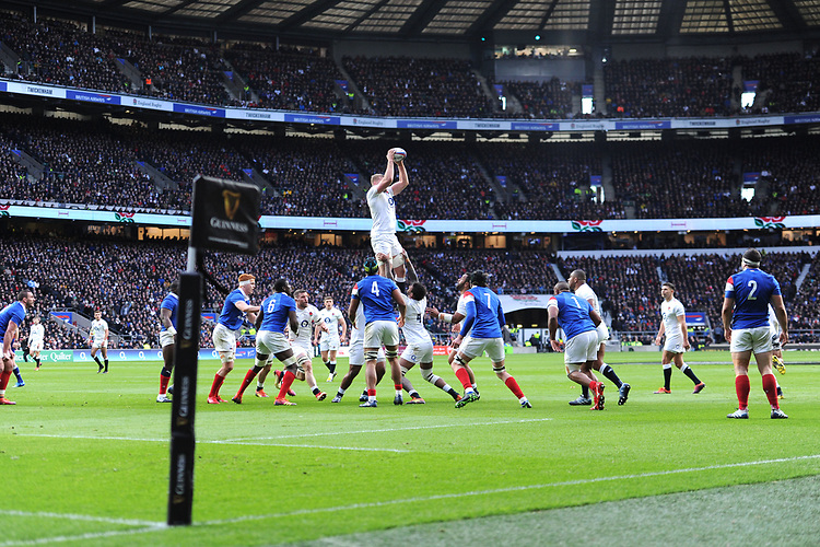George Kruis of England wins the lineout near the French line during the Guinness Six Nations match between England and France at Twickenham Stadium on Sunday 10th February 2019 (Photo by Rob Munro/Stewart Communications)