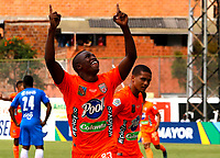 ENVIGADO - COLOMBIA, 28–02-2021: Andres Cordoba de Envigado F. C., celebra el gol anotado a Deportivo Independiente Medellin durante partido entre Envigado F. C. y Deportivo Independiente Medellin de la fecha 10 por la Liga BetPlay DIMAYOR I 2021, en el estadio Polideportivo Sur de la ciudad de Envigado. / Andres Cordoba of Envigado F. C., celebrates a scored goal to Deportivo Independiente Medellin, during a match between Envigado F. C., and Deportivo Independiente Medellin of the 10th date for the BetPlay DIMAYOR I 2021 League at the Polideportivo Sur stadium in Envigado city. Photo: VizzorImage / Donaldo Zuluaga / Cont.