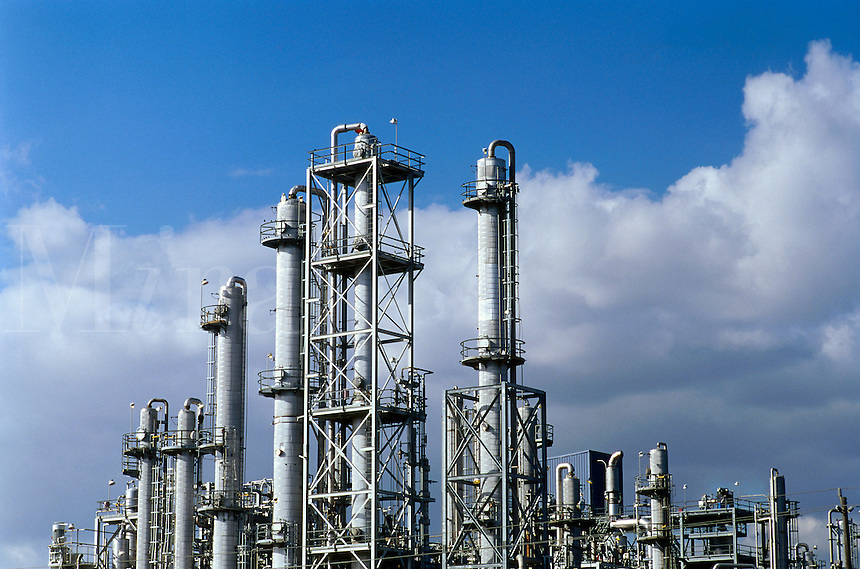 Petrochemical refinery distillation towers. Texas.
