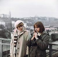 Клетка для канареек (1983)