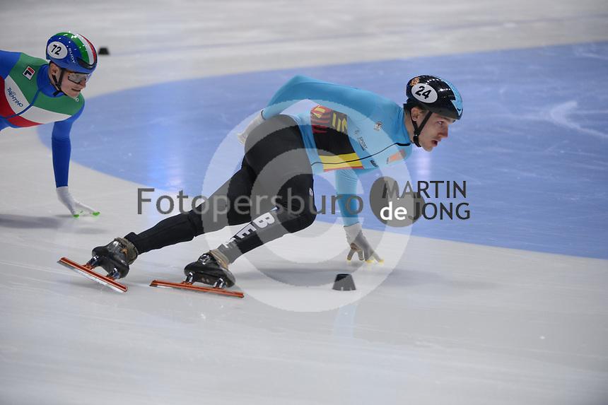 SPEEDSKATING: DORDRECHT: 07-03-2021, ISU World Short Track Speedskating Championships, QF 1000m Men, Stijn Desmet (BEL), ©photo Martin de Jong