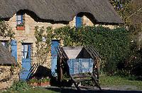 Europe/France/Pays de la Loire/44/Loire-Atlantique/Grande Brière et Marais de Donges et du Brivet/Parc Régional de la Brière/Kerhinet : Chaumière