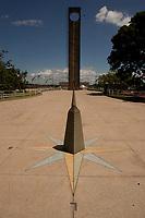 Marco zero, monumento edificado demarcando a separação dos hemisférios norte e sul <br /> Macapá, Amapá, Brasil.<br /> 18/06/2011.<br /> Foto Paulo Santos