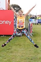 Ashley James<br /> at the start of the 2016 London Marathon, Blackheath, Greenwich London<br /> <br /> <br /> ©Ash Knotek  D3108 24/04/2016