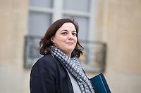 EMMANUELLE COSSE , MINISTRE DU LOGEMENT QUITTE LE PALAIS DE L'ELYSEE APRES LE CONSEIL DES MINISTRES DU 11 JANVIER 2017 A PARIS.