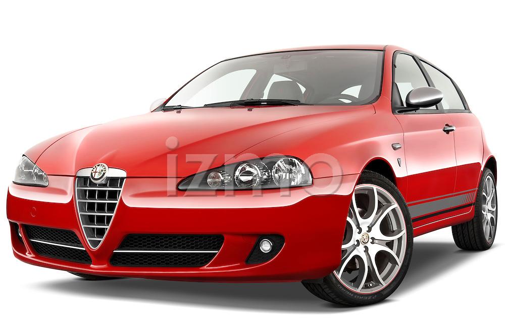 Low aggressive front three quarter view of a 2000 - 2010 Alfa Romeo 147 5 Door Ducati Corse Hatchback.