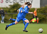 Gwen Duijsters (13) of KRC Genk in action during a female soccer game between Sporting Charleroi and KRC Genk on the 4 th matchday in play off 2 of the 2020 - 2021 season of Belgian Scooore Womens Super League , friday 30 th of April 2021  in Marcinelle , Belgium . PHOTO SPORTPIX.BE | SPP | Jill Delsaux