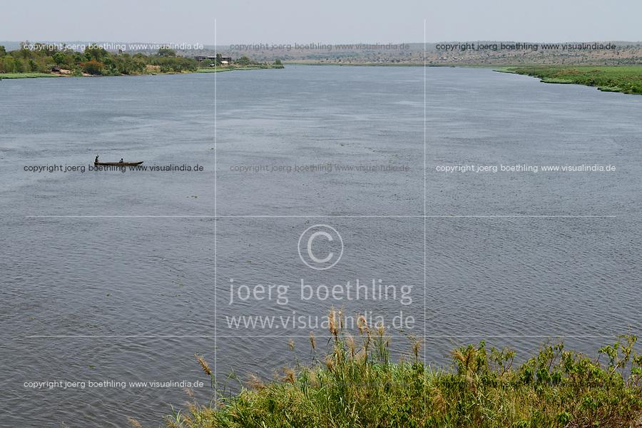 UGANDA, Pakwach, Albert Nile, part of white nile