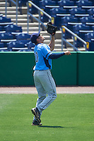 Charlotte Stone Crabs right fielder Cade Gotta (20) catches a fly ball during a game against the Clearwater Threshers on April 13, 2016 at Bright House Field in Clearwater, Florida.  Charlotte defeated Clearwater 1-0.  (Mike Janes/Four Seam Images)