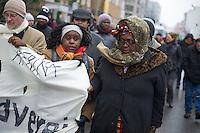 Gedenkmarsch in Berlin zur Erinnerung an die afrikanischen Opfer von Sklavenhandel, Sklaverei, Kolonialismus und rassistischer Gewalt.<br />Das Komitee fuer die Einrichtung eines afrikanischen Denkmals in Berlin (KADIB) veranstaltete am Samstag den 23. Februar 2013 zum 7. Mal einen Gedenkmarsch um der Forderung nach Anerkennung der Verbrechen gegen schwarze Menschen und Menschen afrikanischer Herkunft Nachdruck zu verleihen.<br />23.2.2013, Berlin<br />Copyright: Christian-Ditsch.de<br />[Inhaltsveraendernde Manipulation des Fotos nur nach ausdruecklicher Genehmigung des Fotografen. Vereinbarungen ueber Abtretung von Persoenlichkeitsrechten/Model Release der abgebildeten Person/Personen liegen nicht vor. NO MODEL RELEASE! Don't publish without copyright Christian-Ditsch.de, Veroeffentlichung nur mit Fotografennennung, sowie gegen Honorar, MwSt. und Beleg. Konto:, I N G - D i B a, IBAN DE58500105175400192269, BIC INGDDEFFXXX, Kontakt: post@christian-ditsch.de<br />Urhebervermerk wird gemaess Paragraph 13 UHG verlangt.]