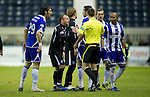 Kilmarnock v St Johnstone....15.01.11  .Jody Morris argues with ref Steven McLean.Picture by Graeme Hart..Copyright Perthshire Picture Agency.Tel: 01738 623350  Mobile: 07990 594431