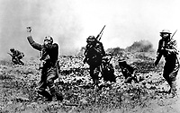 Picture posed in France, near front line trenches, by Major Evarts Tracey, Engineer Corps, U.S.A., to illustrate effects of phosgene gas.  1918. (Army)<br /> Exact Date Shot Unknown<br /> NARA FILE #:  111-SC-23094<br /> WAR & CONFLICT BOOK #:  639