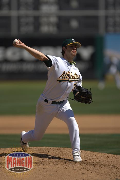 Kirk Saarloos. Baseball: New York Yankees vs Oakland Athletics on September 3, 2005 in Oakland.