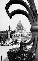 St. Joseph's Oratory in Montreal, 1976<br /> <br /> 1984<br /> <br /> PHOTO : Boris Spremo - Toronto Star Archives - AQP