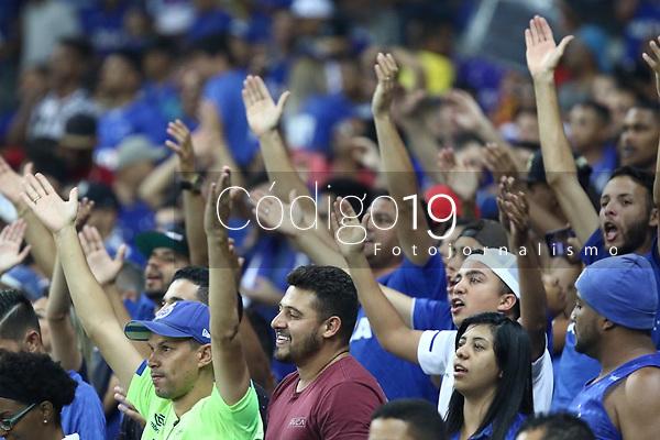 Belo Horizonte (MG), 16/10/2019 - Cruzeiro-São Paulo - Torcida do Cruzeiro durante Partida entre Cruzeiro e São Paulo, válida pela 26a rodada do Campeonato Brasileiro no Estadio Mineirão nesta quarta feira (16) em Belo Horizonte