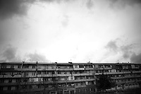 "Nagorny-Karabach, 14.05.2011, Shushi. Ein Wohnblock in Schuschi. ""The Twentieth Spring"" - ein Portrait der s¸dkaukasischen Stadt Schuschi, 20 Jahre nach der Eroberung der Stadt durch armenische K?mpfer 1992 im B¸gerkrieg um die Unabh?ngigkeit Nagorny-Karabachs (1991-1994). An apartment house in Shushi. ""The Twentieth Spring"" - A portrait of Shushi, a south caucasian town 20 years after its ""Liberation"" by armenian fighters during the civil war for independence of Nagorny-Karabakh (1991-1994). .Un immeuble à Chouchi. ""Le Vingtieme Anniversaire"" - Un portrait de Chouchi, une ville du Caucase du Sud 20 ans après sa «libération» par les combattants arméniens pendant la guerre civile pour l'indépendance du Haut-Karabakh (1991-1994).. © Timo Vogt/Est&Ost, NO MODEL RELEASE !!"