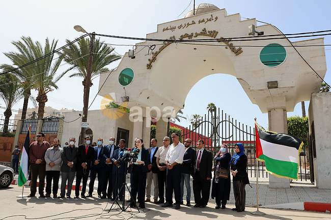 Palestinian candidates from Future List, attend a press conference against postponement of the Palestinian parliamentary and presidential elections, calling for holding elections on planned date in Gaza city on April 30, 2021. Palestinian President Mahmoud Abbas announced early Friday that the legislative elections scheduled for May 22 will be postponed until further notice. Photo by Stringer