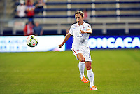 Kansas City, KS - Wednesday, October 15, 2014: The USWNT defeated Trinidad & Tobago 1-0 in a CONCACAF Women's Championship game at Sporting Park.