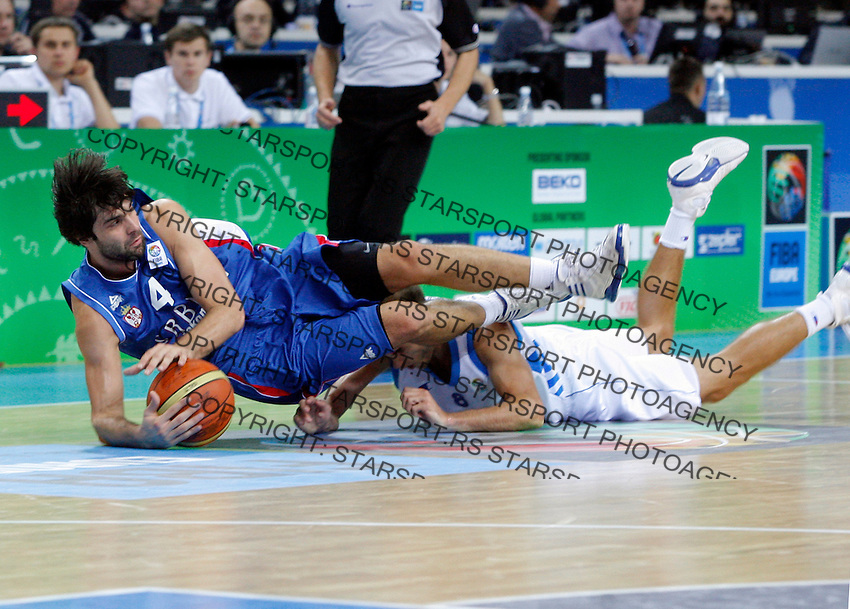 Milos Teodosic during quarterfinal basketball game between Greece and Serbia in Kaunas, Lithuania, Eurobasket 2011, Friday, September 16, 2011. (photo: Pedja Milosavljevic)