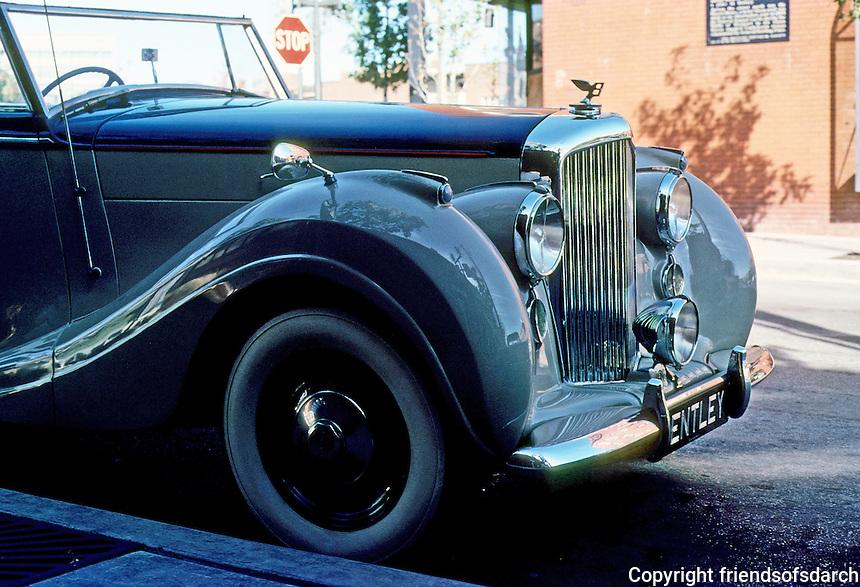 Cars: Bentley Convertible.
