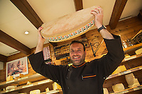 Europe/France/Rhône-Alpes/74/Haute-Savoie/Annemasse: Gérald Michelard fromager: La Fromagerie [Non destiné à un usage publicitaire - Not intended for an advertising use]