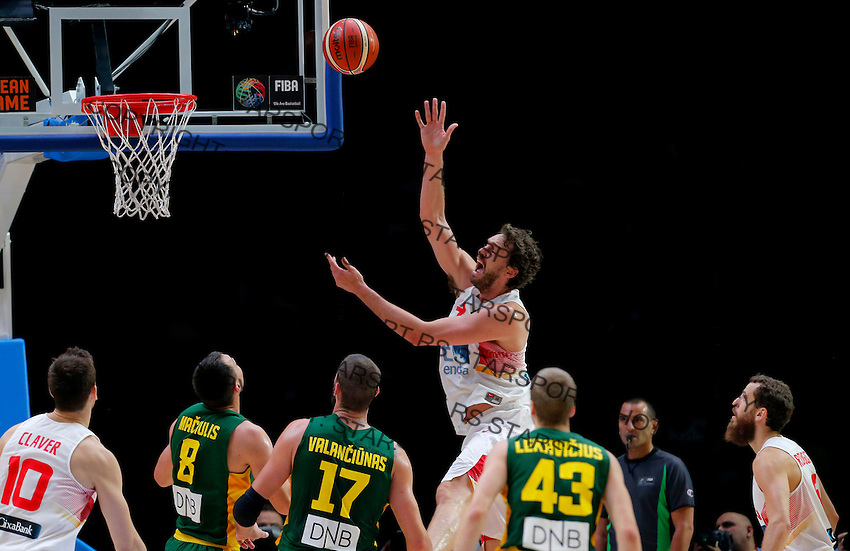 Spain's Pau Gasol scores during European championship basketball final match between Spain and Lithuania on September 20, 2015 in Lille, France  (credit image & photo: Pedja Milosavljevic / STARSPORT)