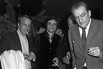 LUCHINO VISCONTI CON VITTORIO DE SICA, MASSIMO RANIERI E FRANCO ZEFFIRELLI<br /> RECITAL DI MASSIMO RANIERI AL TEATRO SISTINA ROMA 1972