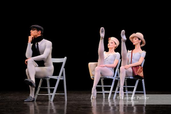 THE CONCERT..OU LES MALHEURS DE CHACUN....Choregraphie : ROBBINS Jerome..Mise en scene : ROBBINS Jerome..Compositeur : CHOPIN Frederic..Compagnie : Ballet de l Opera National de Paris..Lumiere : TIPTON Jennifer..Costumes : SHARAFF Irene..Avec :..MEYZINDI Julien : Un homme avec echarpe..LEVY Laurene..DELFINO Clara..Lieu : Opera Garnier..Ville : Paris..Le : 20 04 2010..© Laurent PAILLIER / photosdedanse.com..All rights reserved